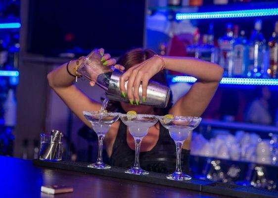Бар в ночном клубе